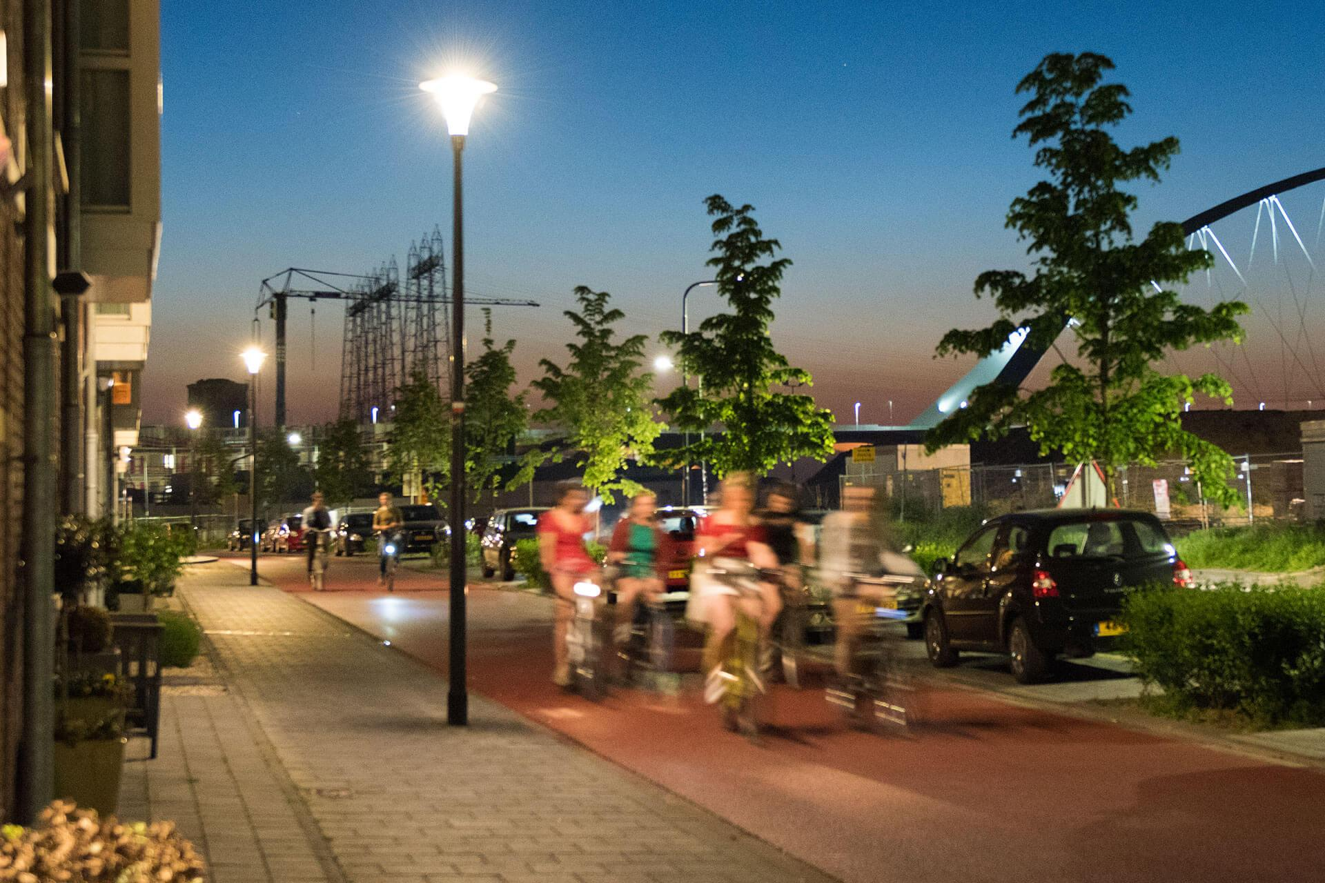Energy efficient Pilzeo luminaire not only lights Koningsdaal but also enhances the nocturnal landscape